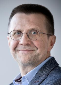 Prof Dr Virginijus Šikšnys